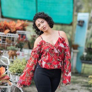 NEW! 🖤 Aura's Floral Wrap Crop Top